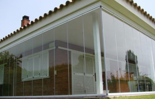 Cerramiento acristalado one ventaluxe ib rica - Cerramientos plasticos ...